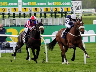 Corona Borealis (left) comes through to win at Wetherby